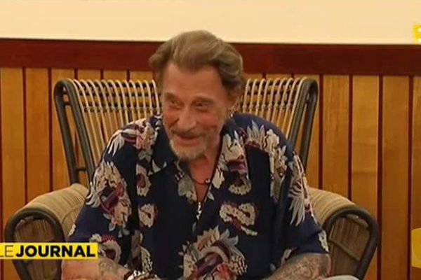 Interview de Johnny Hallyday avant son concert Place Toata à Tahiti