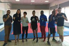 Anissa Meksen, une des plus grandes championnes de boxe pieds-poings, est à La Réunion.