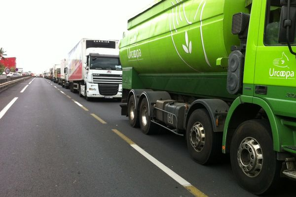 Circulation : Camions bloqués