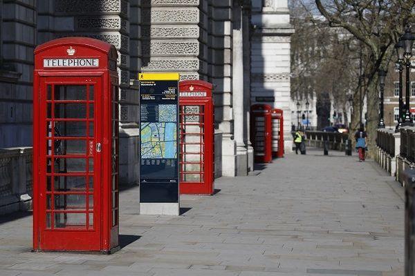 Rue déserte à Londres le 24 mars