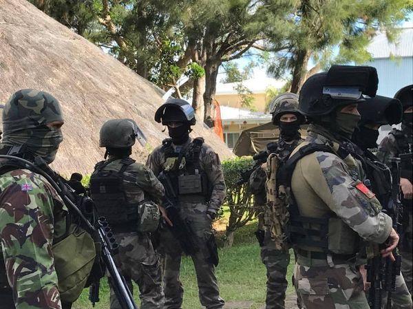 Journée métiers aéronautique base aérienne Paul-Klein Tontouta militaires en camouflage (22 juin 2017)
