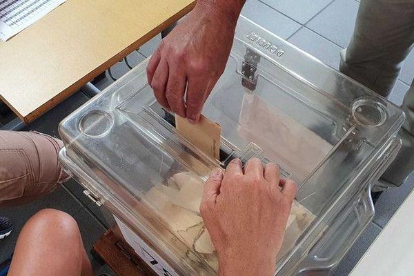 Municipales 2020 : le taux de participation pour le 1er tour est estimé à 18,74% à 12h à La Réunion