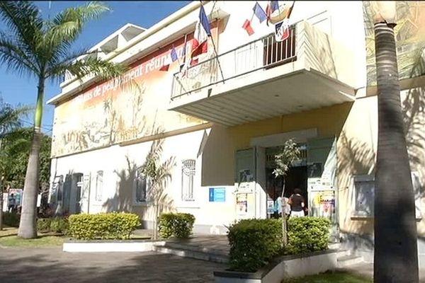 Note interne mairie de Saint-Paul sur risque requin