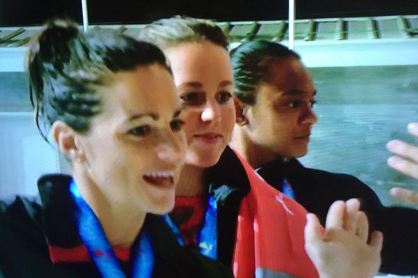 Trio féminin natation