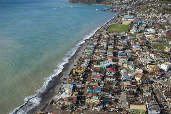 Roseau, la capitale de la Dominique après le passage d'Irma