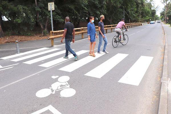 Les Gouzous sur les pistes cyclables de Saint-Paul