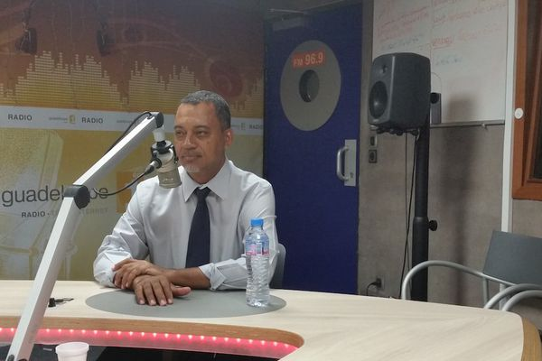 "POLITIQUE/ Jocelyn Sapotille ""Victorin Lurel reste le leader des socialistes en Guadeloupe"""