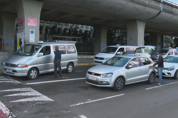 Taxis à l'aéroport