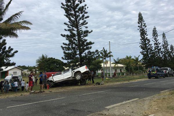 Pick-up contre pin colonnaire à Touho