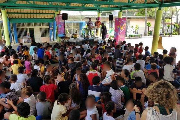 Ecole Candide azema A Camélias