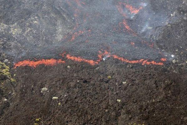 Eruption du Piton de la Fournaise, lundi 18 février.