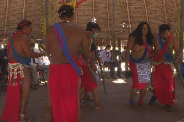 Cérémonie d'intronisation à Twenké Taluen