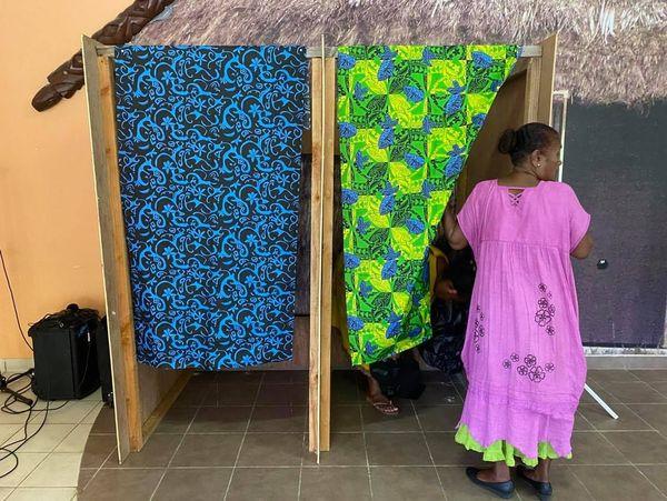 Elections Isoloir Lifou