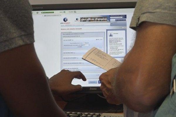 Pole emploi durcit les contrôles envers les demandeurs d'emploi chomage 020119