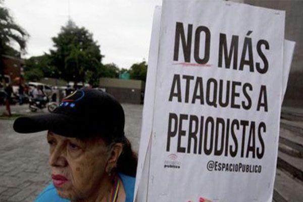 """Venezuela : des médias dénoncent des actes de """"censure"""""""