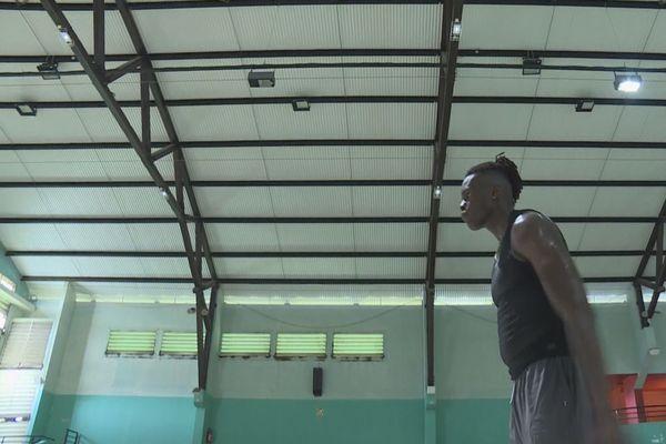 Jean-Marc Pansa basketteur professionnel