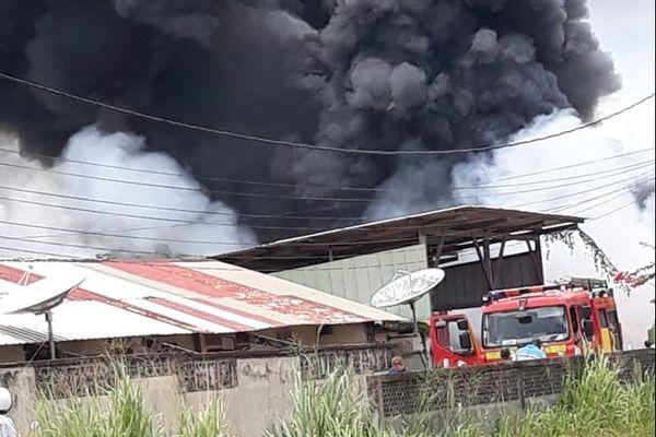 Incendie à la zone Collery le 15 mars à Cayenne
