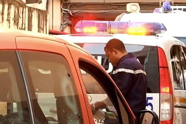 Policier Fort de France