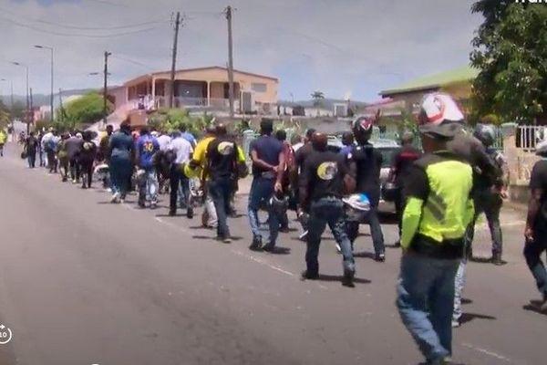 Marche, sur le lieu de l'accident du 12 juillet, casques à la main