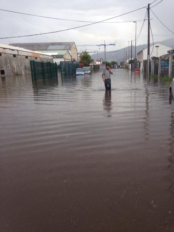 Pluies au Port