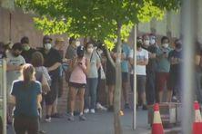 Stopper l'avancée de l'épidémie en confinant toute la population de Perth.