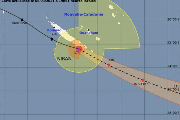 Cyclone Niran, trajectoire de samedi, 19h51