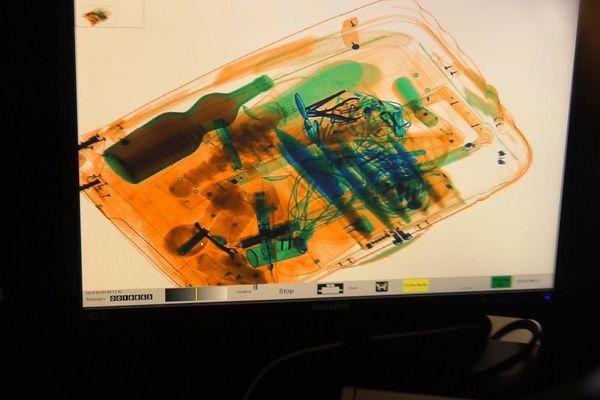 passage des bagages au rayons X