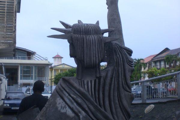 statue de la liberté-Basse-Terre7