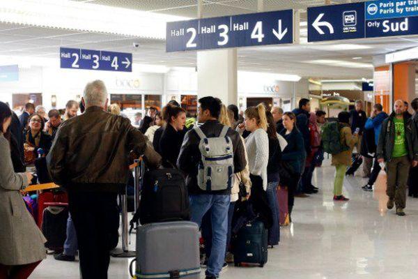 Les compagnies aériennes proposent la suppression des contrôles aux frontières pour les vols vers les Antilles et La Réunion