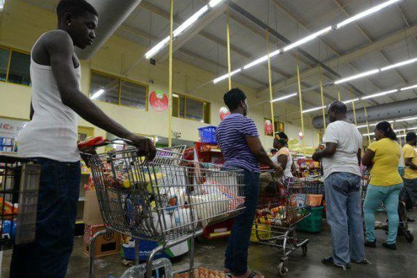 Haïti, Cuba, Jamaïque : l'ouragan Matthew se rapproche, les évacuations continuent