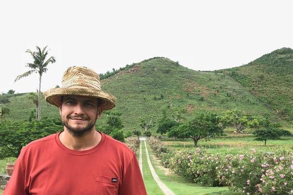 Emmanuel Gimenez-Richardson, exploitant agricole à Colombier