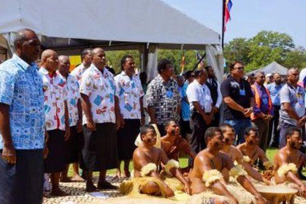 Le premier ministre fidjien s'excuse