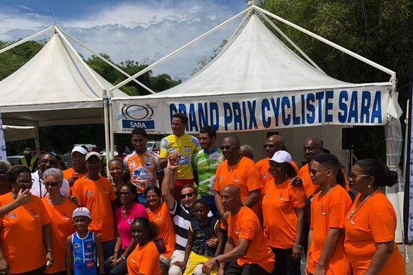Le podium du Grand Prix Cycliste de la SARA