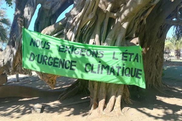4ème grève mondiale pour la climat jeunes Saint-Pierre 291119