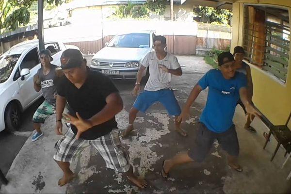 Le groupe All-in One-Tahiti au prochain Concours de HIP HOP de Las Vegas