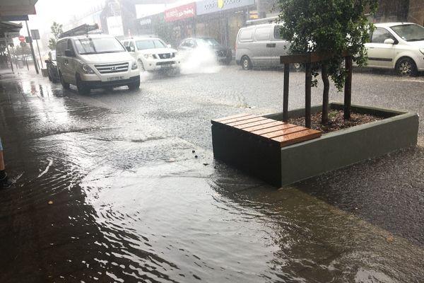 Inondation rue de l'Alma, 12 novembre 2020