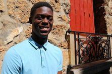 Mickaël André est prêt à relever un nouveau défi : étudier dans une école d'ingénieur à des milliers de kilomètres de sa Martinique natale