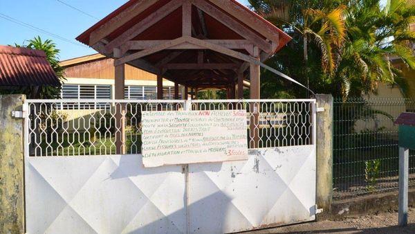 Iracoubo, une école cadenassée 1