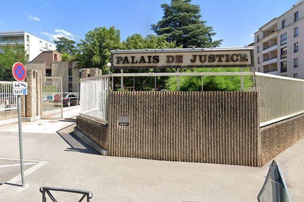 palais de justice Villefranche sur Saone