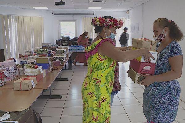 distribution de cadeaux par la mairie de Punaauia