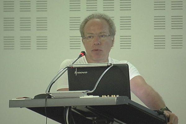Franck Duteille spécialiste en plaies et cicatrisations