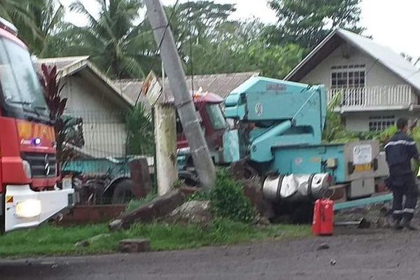 Accident à Taravao