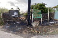 Incendie volontaire à l'entrée du quartier Cap Est au François.