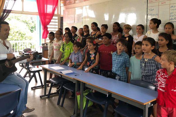 Les élèves de CE2 de l'école Putiaoro de la Mission