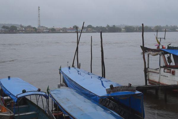 Les rives de Vila Vitoria avec vue sur Saint-Georges