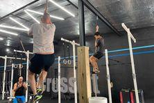 Grimper à la corde, tonification des muscles, relancer l'énergie des adhérents avec des exercices physiques, dès ce mercredi les salles de sports ont repris leur activité.