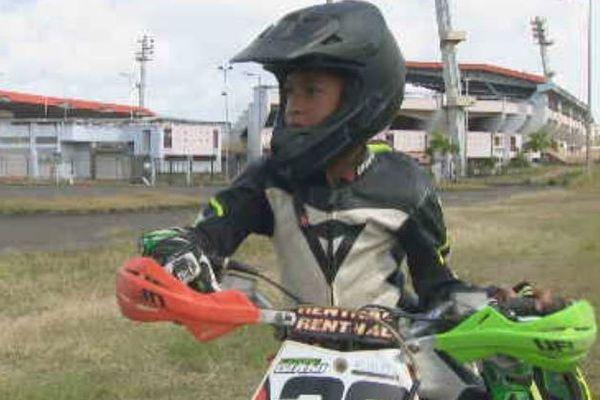 Giani Catorc, 11 ans, pilote supermotard 85cm3