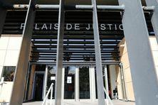 L'employé municipal de Saint-Louis a finalement été condamné à un an de prison ferme. La demande d'interdiction d'exercer dans le fonction publique n'a pas été retenue.