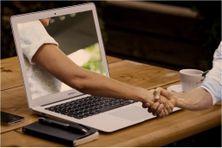 Formation et bizness en ligne (image d'illustration).