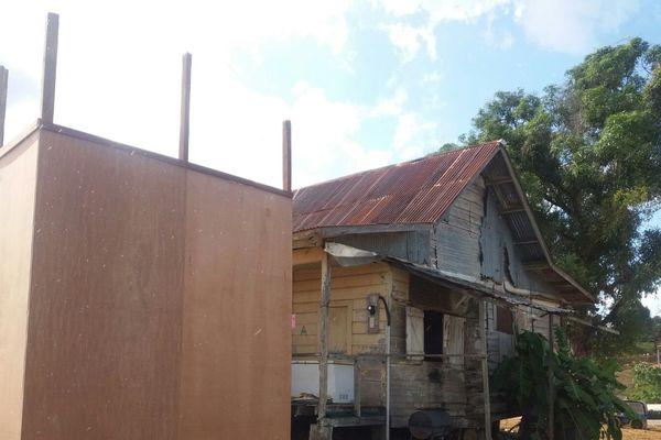 Photo maison père Yoma